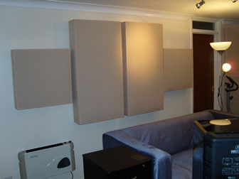 home-studio-acoustic-treatment-bass-traps-acoustic-panels